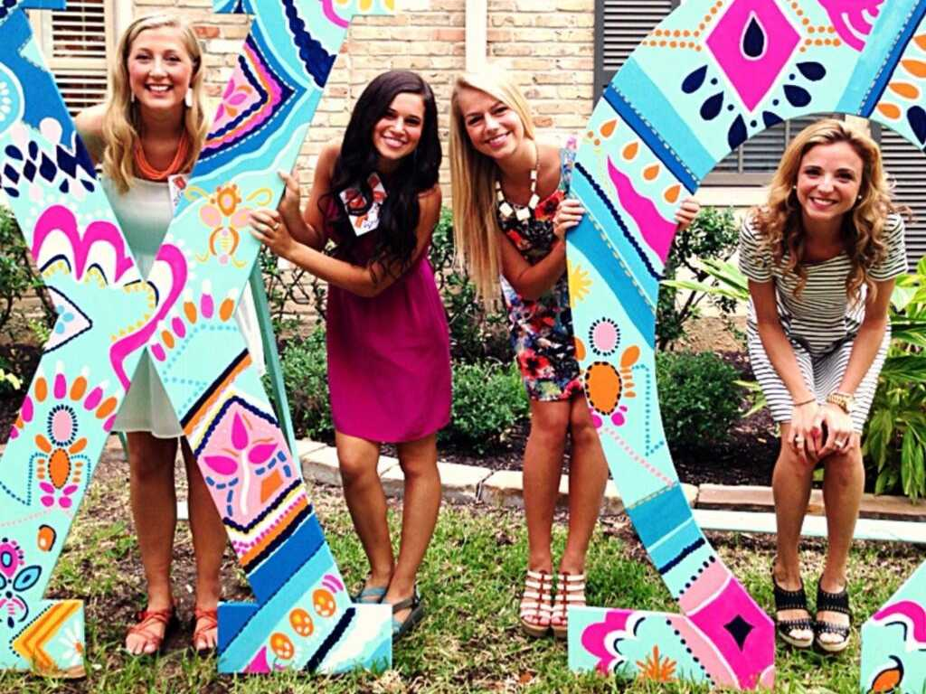 alabama-sorority-girls-allegedly-promised-free-drinks-if-they-voted-in-local-elections
