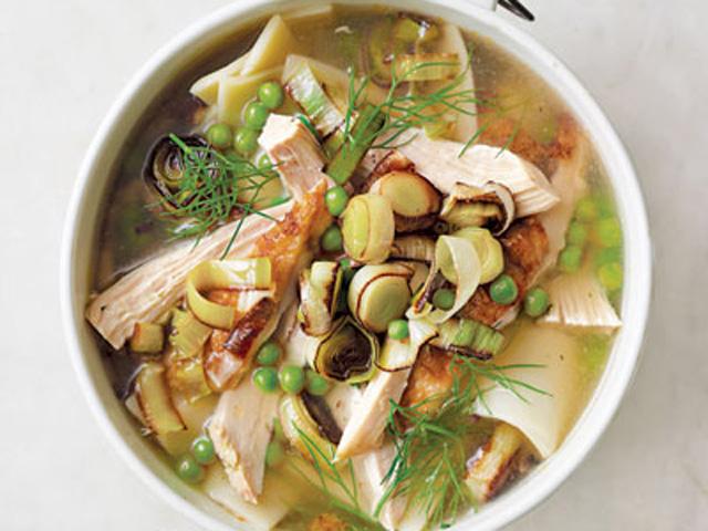 chicken-noodle-soup-recipe-clv1010-ipStCa-xl