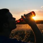 drinking-925288_960_720